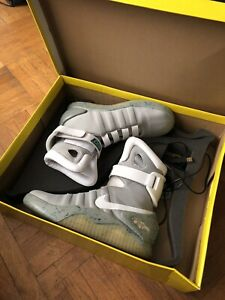 Nike Air mag back to the future size 8.5