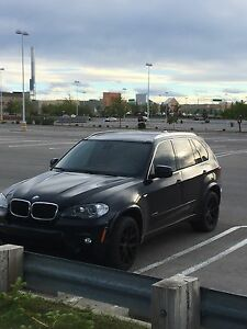 Under factory warranty no accident 2013 BMW X5 35i Msport
