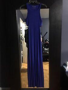 GUESS MAXI DRESS  - SIZE SMALL