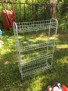 For sale. Wire rack