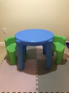 Little tikes 3 piece table and chair set.