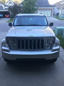 2009 Jeep Liberty Limited Edition Low Mileage