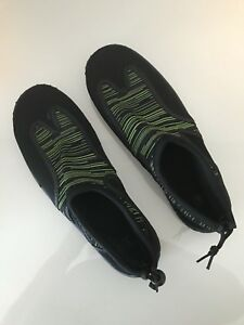 Men's Sz. 8 Black/Green Beach/Water Shoes. Worn Once. $5.00