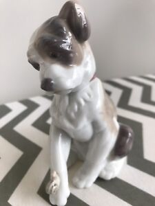 Genuine Lladro Puppy (6211)