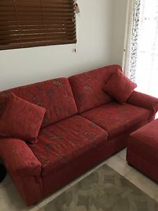 Sofa bed plus 2 ottomans Yowie Bay Sutherland Area Preview