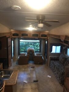 2008 cedar creek fifth wheel