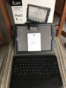 iPad keyboard. In excellent condition