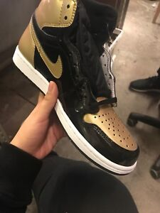 Jordan 1 gold toe sz 8 13