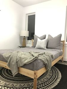 Modern bedding set! Double or queen bed size