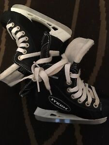 Ice skates for sale, sizes 9&6