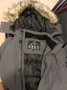 Winter jacket - Grey colour with fur (for Man) (New- Never worn)