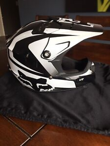 Fox V1 Youth Helmet