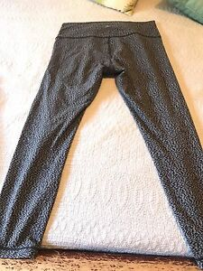 Lululemon High Times Pants - Size 12