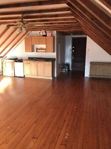 ONE ROOM LEFT DOWNTOWN HALIFAX