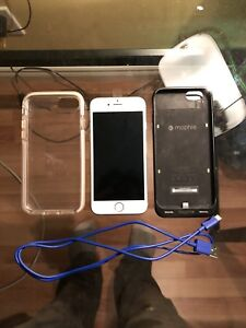 Unlocked iPhone 6s perfect condition , includes 2 cases, charger