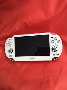 Sony PS Vita OLED PCH-1001 rare blanc chargeur inclus