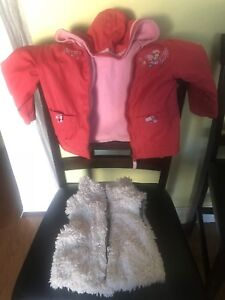Lightly-Never Worn 3T Clothes for cheap