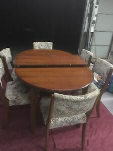Blackwood Extending Dining Table 6 Chairs
