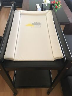 Babies dress changing table
