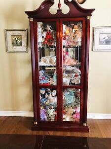 Large Lighted Display Cabinet  (like new)