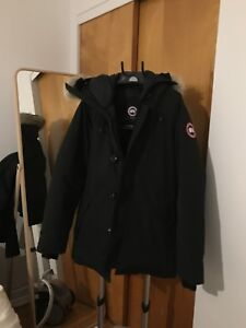 Canada goose chateau parka medium