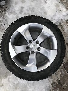 4 mags+ pneus d'hiver 215/55R17 Honda HRV 2017