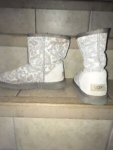 UGG Boots - good condition (size 8)