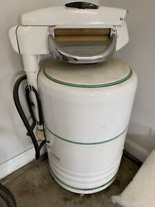 Antique Ringer washing machine in working condition