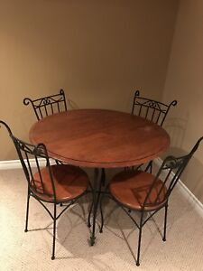 Dining set and 3 coffee/side tables