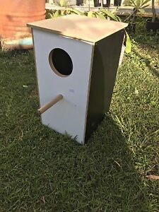 'Large bird' breeding box Hobartville Hawkesbury Area Preview