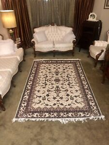 Persian carpet rug / wool and silk