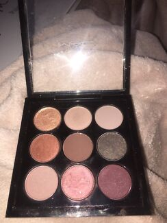 Authentic mac burgundy times 9 palette