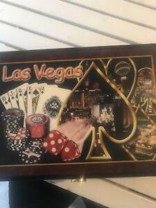 Clay Vegas style poker chips and wood case