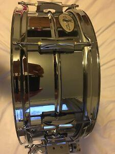 Pearl Sensitone steel snare