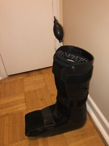 Air Cast Walking Boot | Kijiji in Ontario  - Buy, Sell & Save with