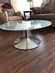 Glass coffee table in perfect condition