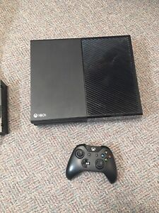 Xbox one for sale 500gb in perfect condition!
