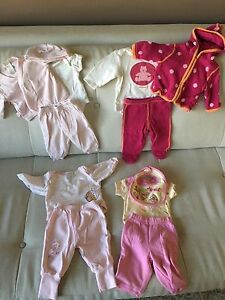 Lot of baby girl clothes 0-3months
