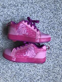 Roller shoes/Skate shoes