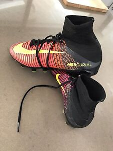 Mercurial Superfly high tops - US 5 youth Barden Ridge Sutherland Area Preview
