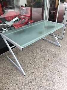 Z Glass Desk  large Chatswood West Willoughby Area Preview