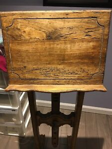 Solid wood music stand