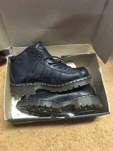 Brand new size 10 men's boots