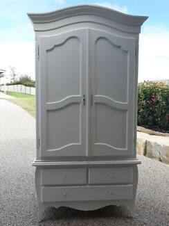**NEW** BEAUTIFUL FRENCH STYLE ARMOIRE / WARDROBE / CUPBOARD Warwick Southern Downs Preview
