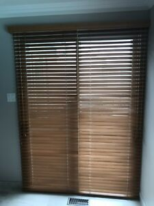 Stores verticaux/ vertical blinds