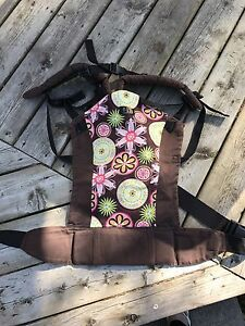 Becco Butterfly Carrier