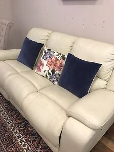 Automatic recliner lounge Mawson Lakes Salisbury Area Preview