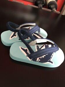 Sandale en parfait état