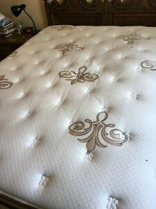Stearns and Foster Queen Size Mattress