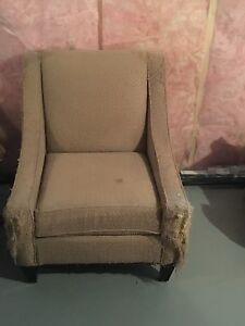 Arm chair (Free)